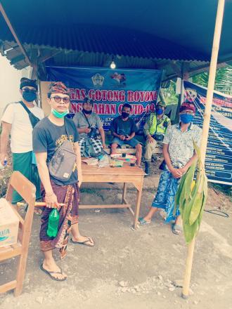 Kegiatan pencegahan kopid di perbatasan desa sepang kelod